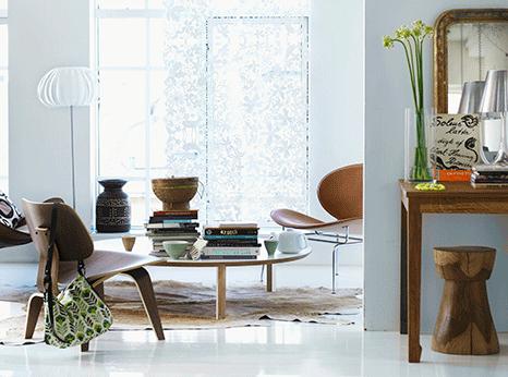 Mid Century Wohnzimmer Holzstühle und Tisch