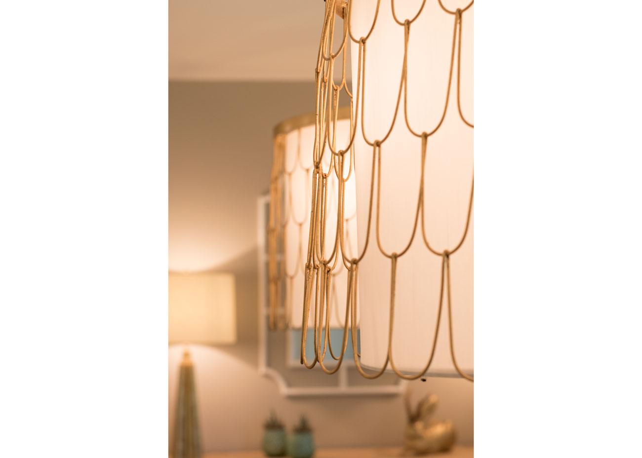 haus renovierung ideen esszimmer pendelleuchten gold details