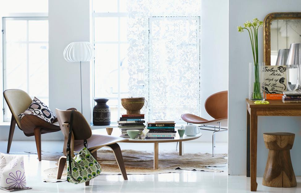 Wohnstile Modern wohnzimmer eames chair holz fellteppich