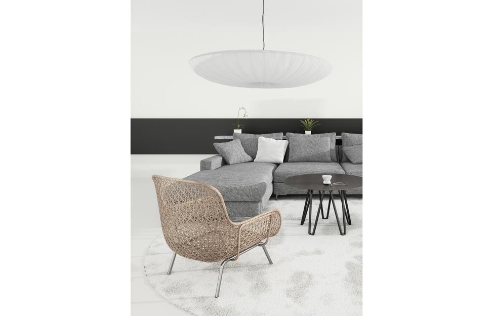 Wohnstile skandinavisch hygge wohnzimmer couch grau sessel geflecht leuchte weiss