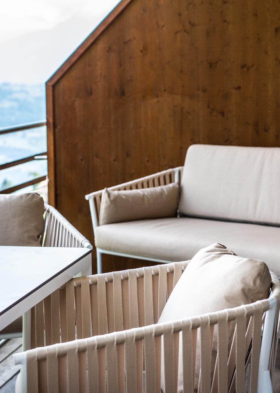 Outdoor Möbel Lounge Balkon einrichten Idee Interior Design